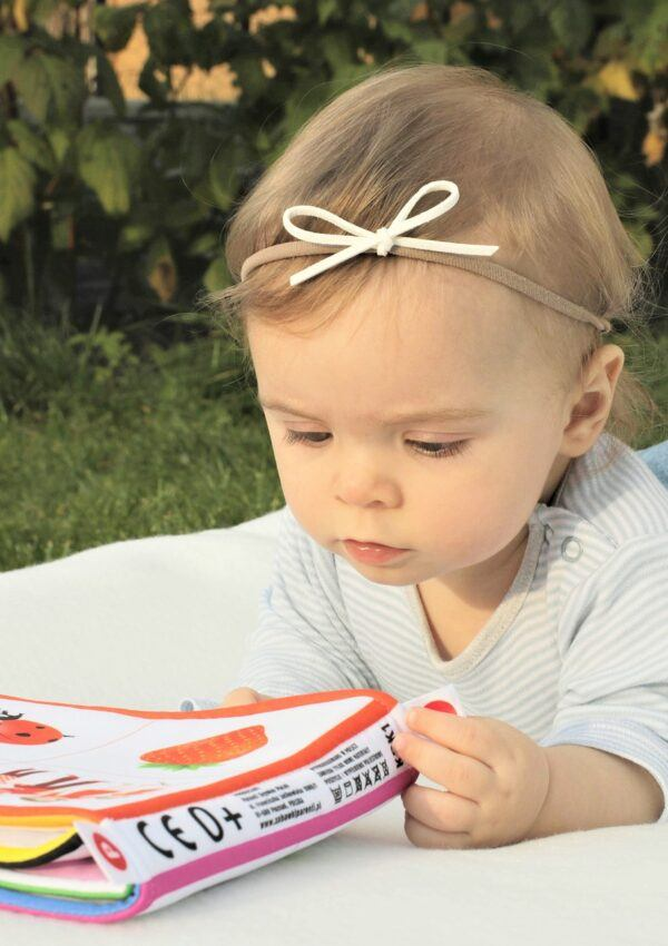 Sensory Activities for Infants | 8 FUN Baby-Safe Ideas